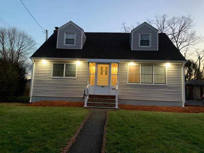 Home in Lindenhurst NY 11757